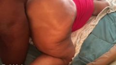 Massive White Milf Booty Bouncing On DIck Doggy Style!! {I.G.-@Milf_RobbieLee