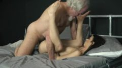 Grandpa Bang's A Provoking Young Teen Pussy And Gives Her Oral Cream Pie